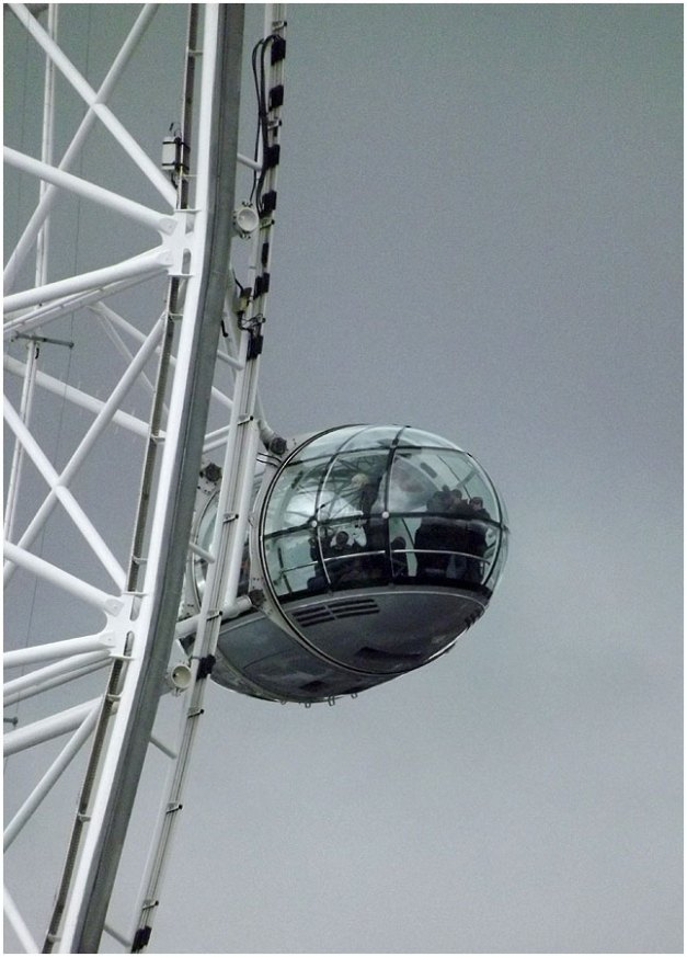 A pod of the London Eye... Would have LOVED to have been in one of those! Our time was limited :-(